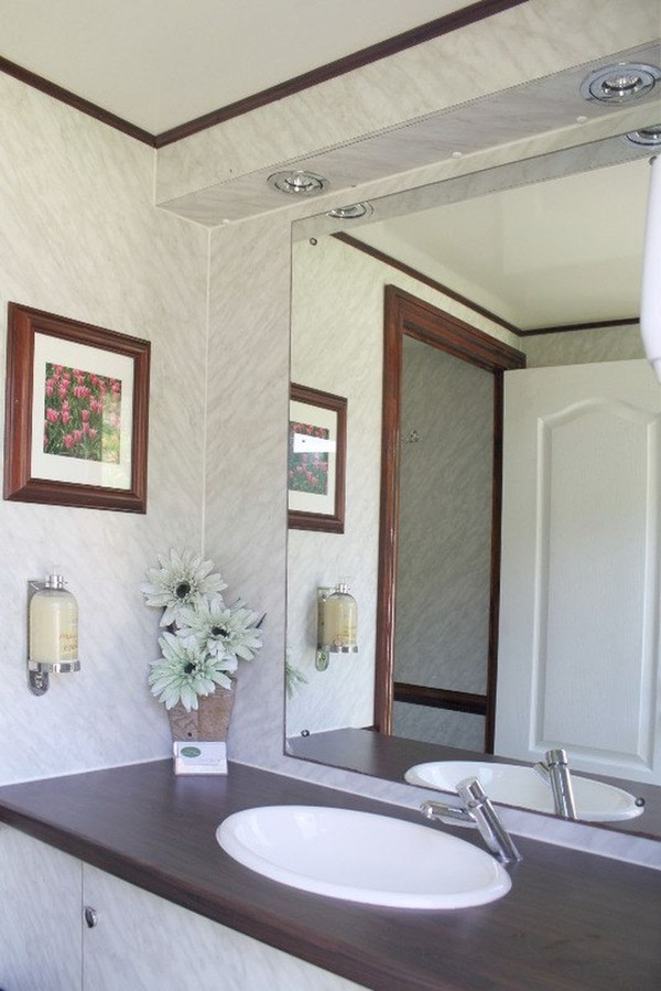 1+1 Luxury Toilet Trailer - Welshpool