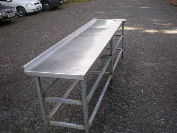 Long Stainless Steel Prep Table