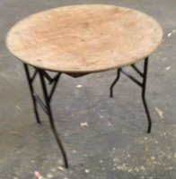 3Ft round tables