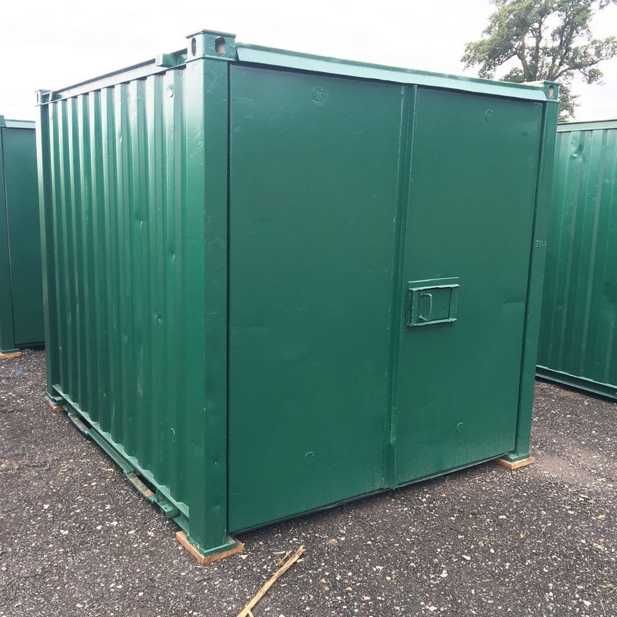 10ft X 8ft Metal Storage Cabin / Site Store / Lockup ...