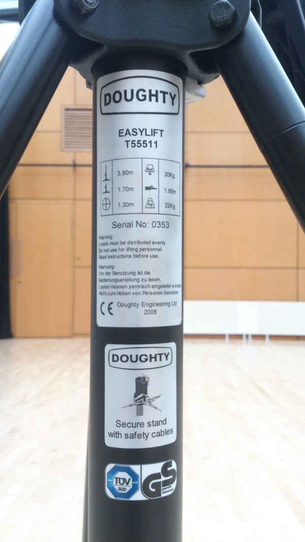 Doughty Easylift T55511 Lighting Stand with T-bars (x4)