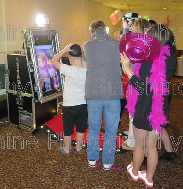 Photo booth for sale