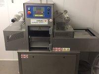 IIpra Unimec Industrial Gas Flushing Automatic Tray Sealer Machine