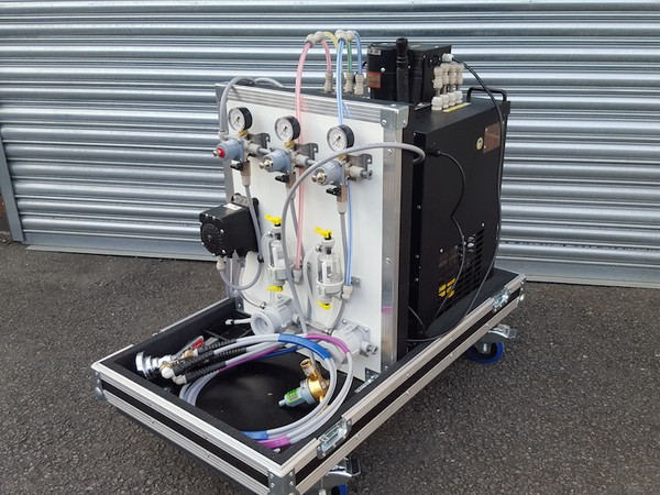 Mobile Dispense System in Flight Case (on Wheels)