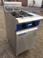 Blue Seal E44 Twin Pot Electric Fryer 2 x Baskets, Serviced