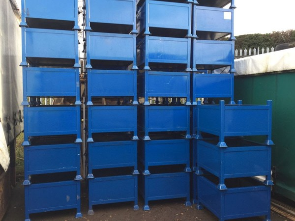 10x Steel Stacking Stillages