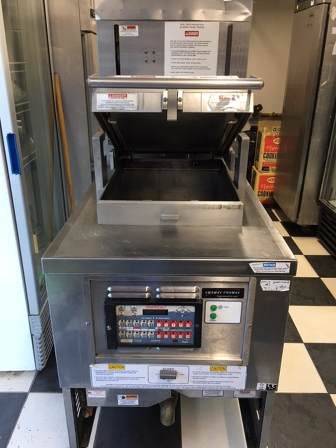Secondhand Catering Equipment Pressure Fryers Henny