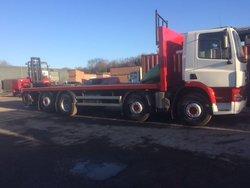 DAF 32T Flat Truck & Moffett M5 w/ Side Wind
