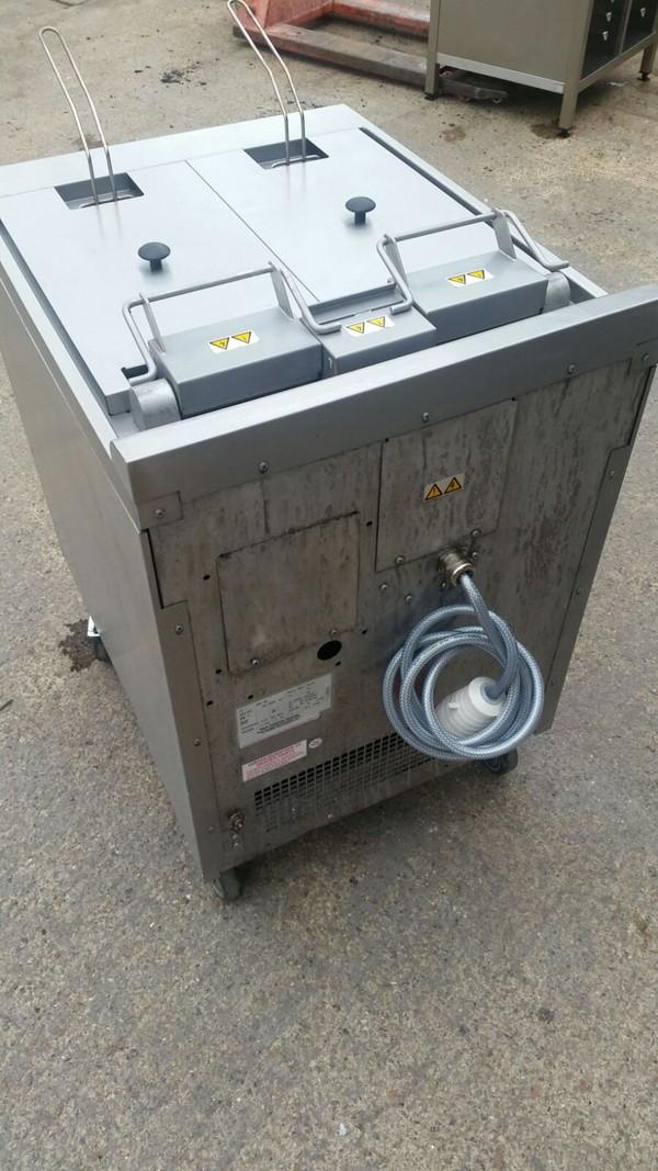Falcon E3862 Split Pot Fryer