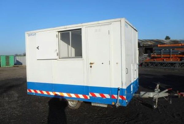 Towable Anti Vandal Welfare Container Portable Generator Toilet Canteen Site