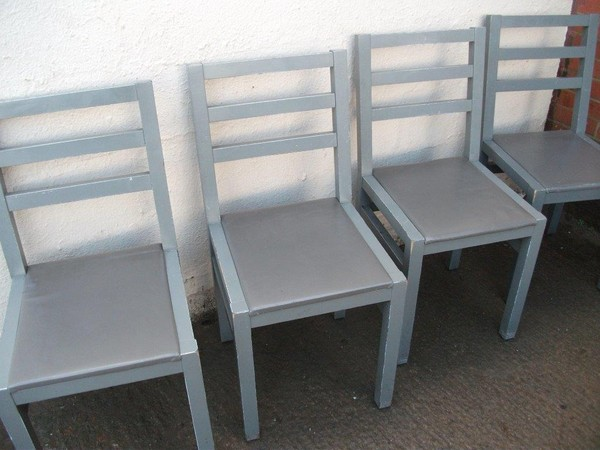 17x Dining / Café Chairs (Code DC 685A)