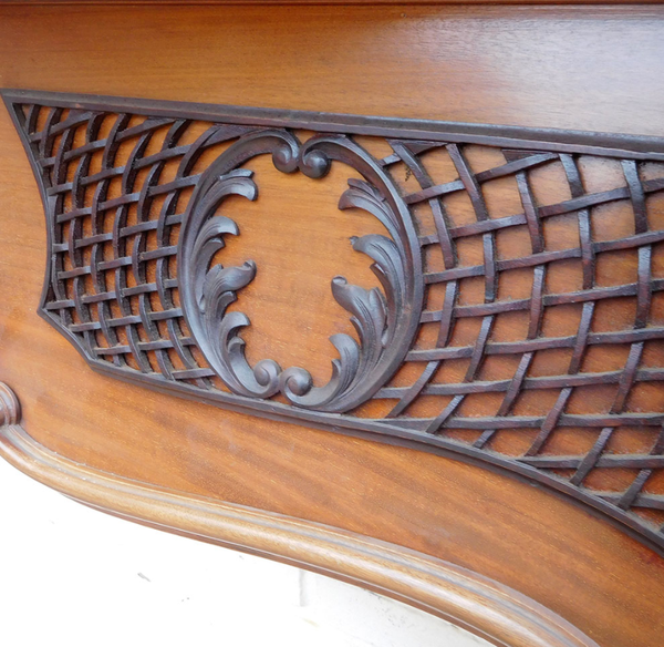TS084 – Antique Louis IV Mahogany Surround