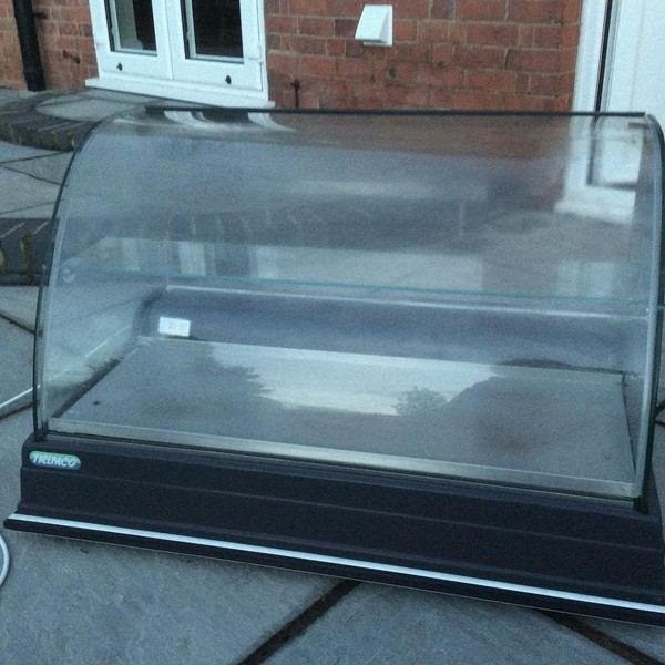 Trimco Manchester Counter Top Cake Display Fridge 1m wide