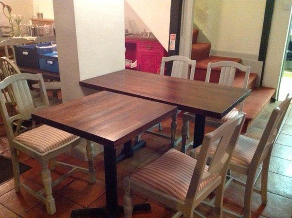 Restaurant / Cafe Tables