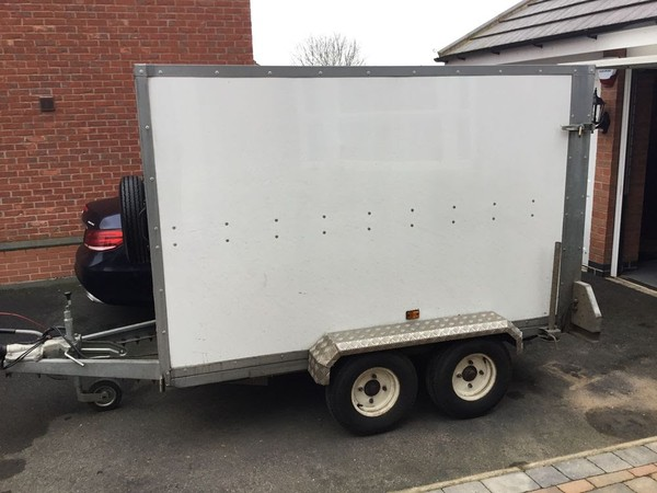 Twin Axle Braked Tickners Trailer 8 x 5