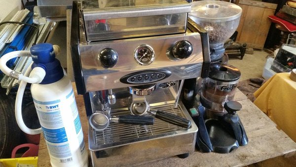 Fracino Bambino Coffee Machine, Fracino Coffee Grinder, Water Filter & Coffee Tray