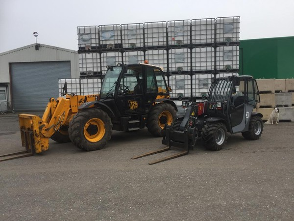 Marquee fork lift truck hire