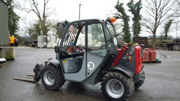 Telehandler hire with driver