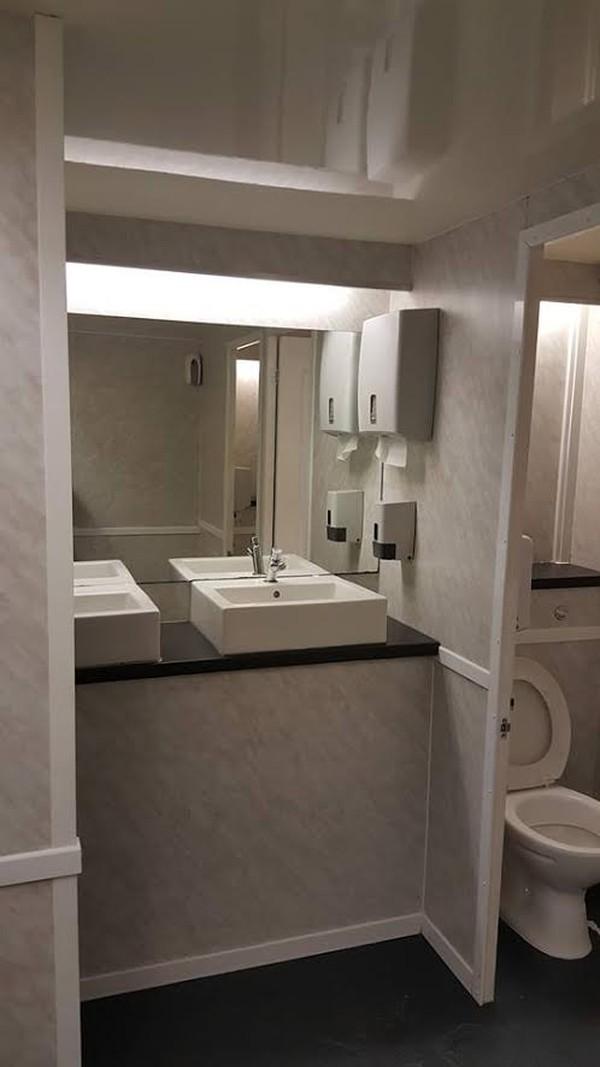 Posh toilet trailer for sale