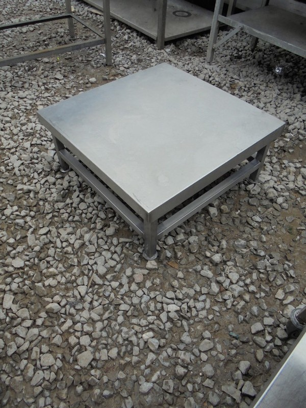 Stainless Steel Stand (4450)