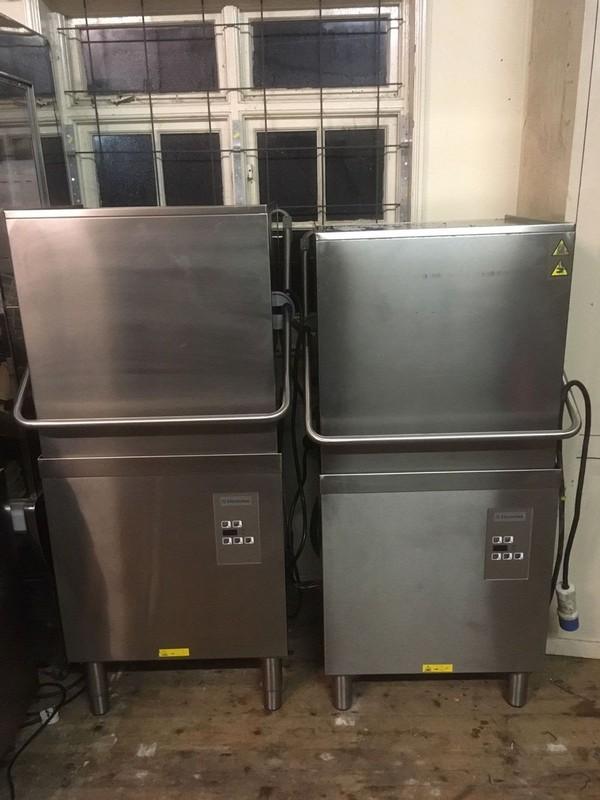 Electrolux NHTG pass through dishwashing system