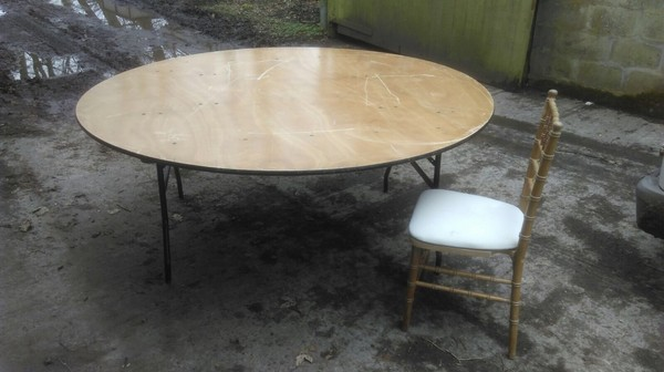 6 foot varnished ply banqueting round tables