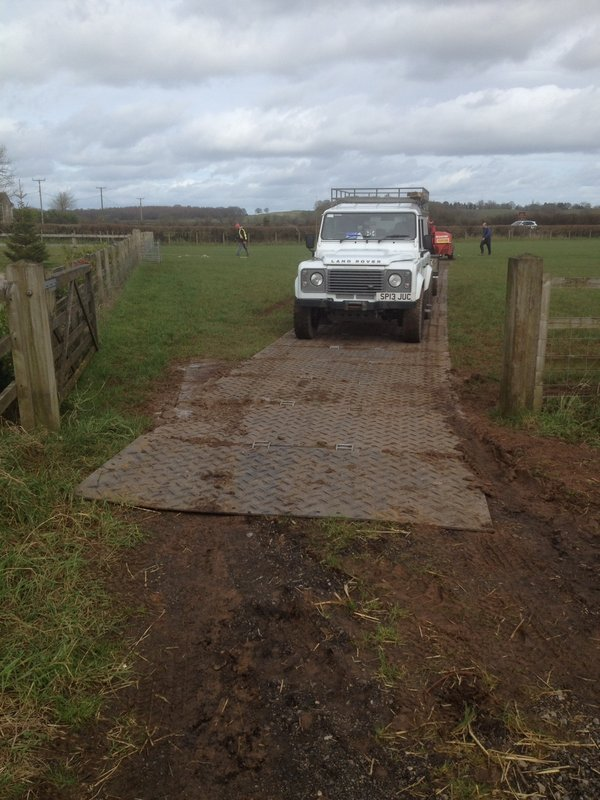 Trackway Dry Hire Hampshire