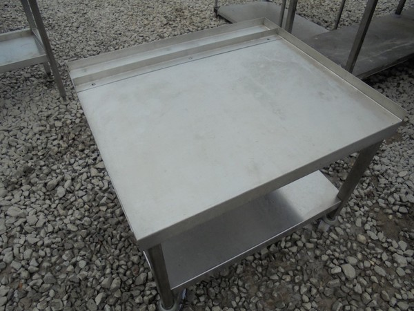 Stainless Steel Stand (4499)