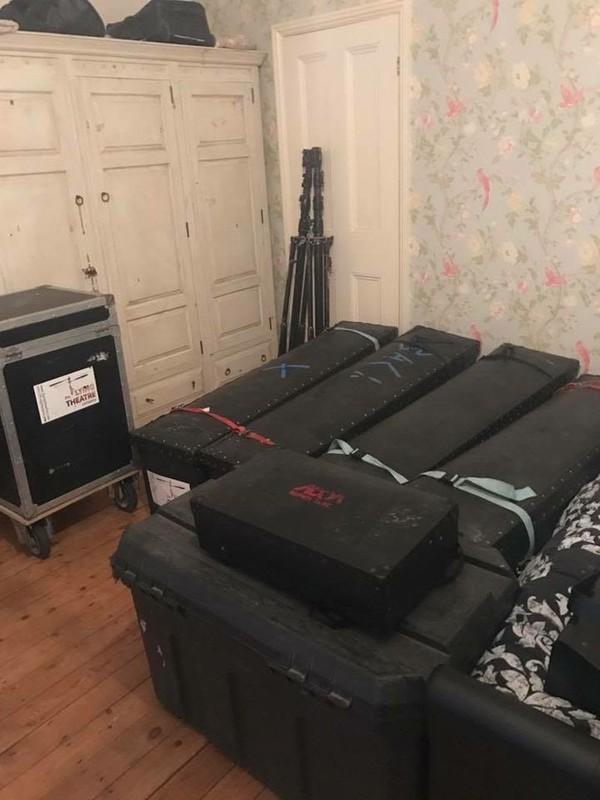 Flight cases for lighting equipment