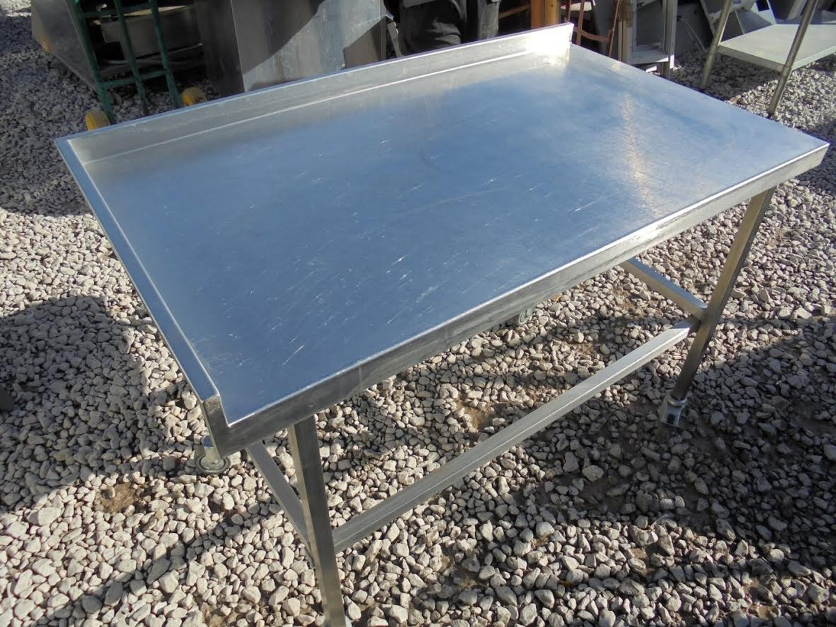 Secondhand Catering Equipment Stainless Steel Tables M To M - Stainless steel table with lip