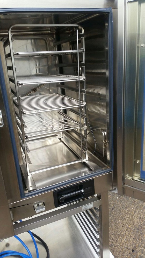 Electrolux Air O Steam 10 Grid oven