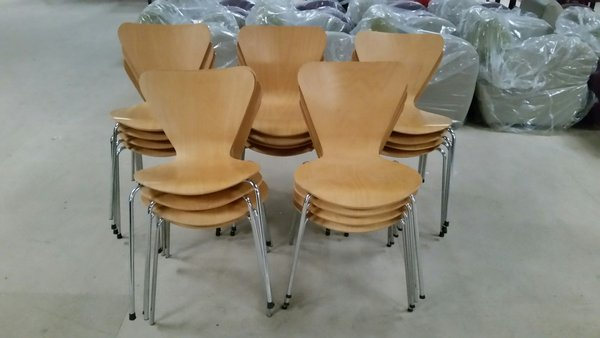 20 stacking Butterfly chairs - Derby