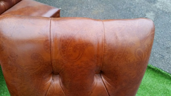 6x Leather Deep Buttoned Back Dining Chairs