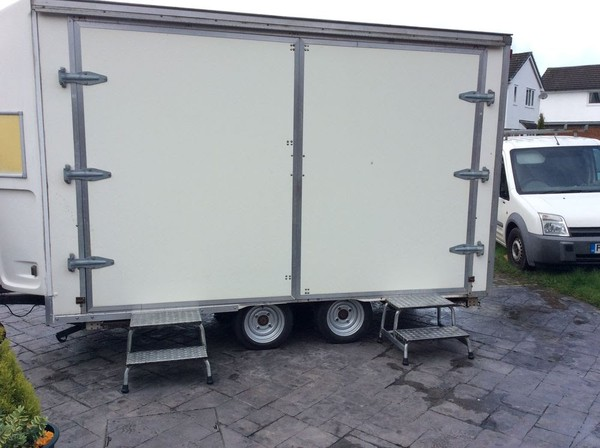 Exhibition Trailer Side Entrance With Steps