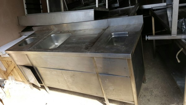 Stainless Steel Sink/Table
