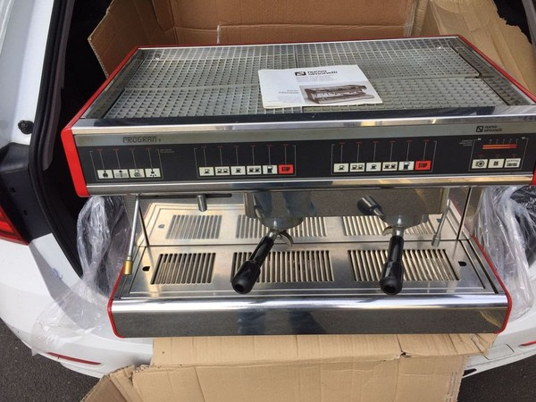 Simoneli Coffee Machine Front