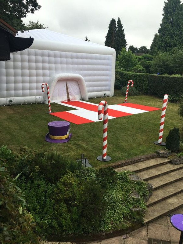 15 x 15m Inflatable Cube With Sealed Airbeams