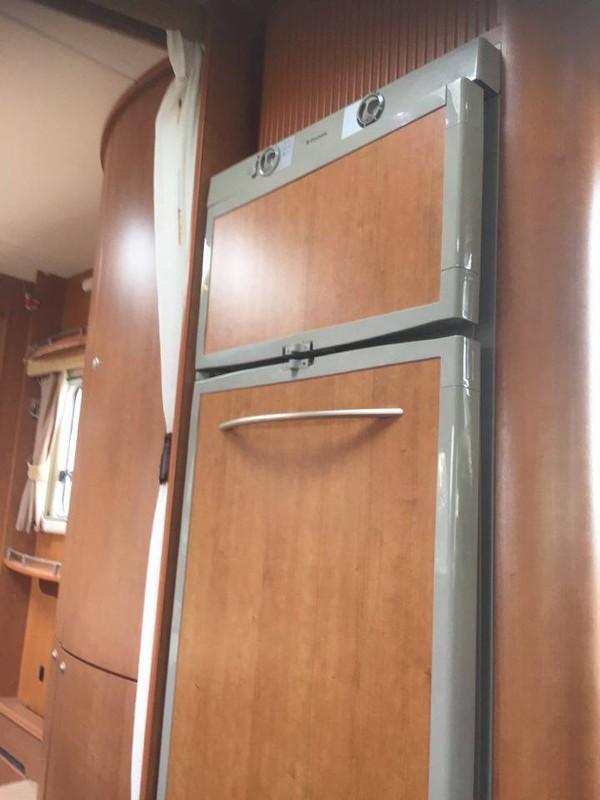 Separate freezer 3 way fridge