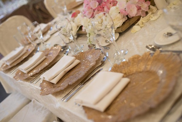 Gold Glass Charger Plates