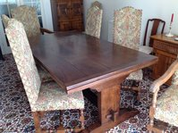 Quality Solid Oak Dining Table and Chairs