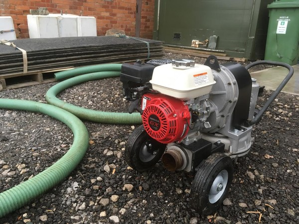 Honda diaphragm pump self priming 3 inch in/out