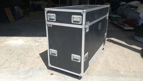 Wheeled Flight Case For Sale