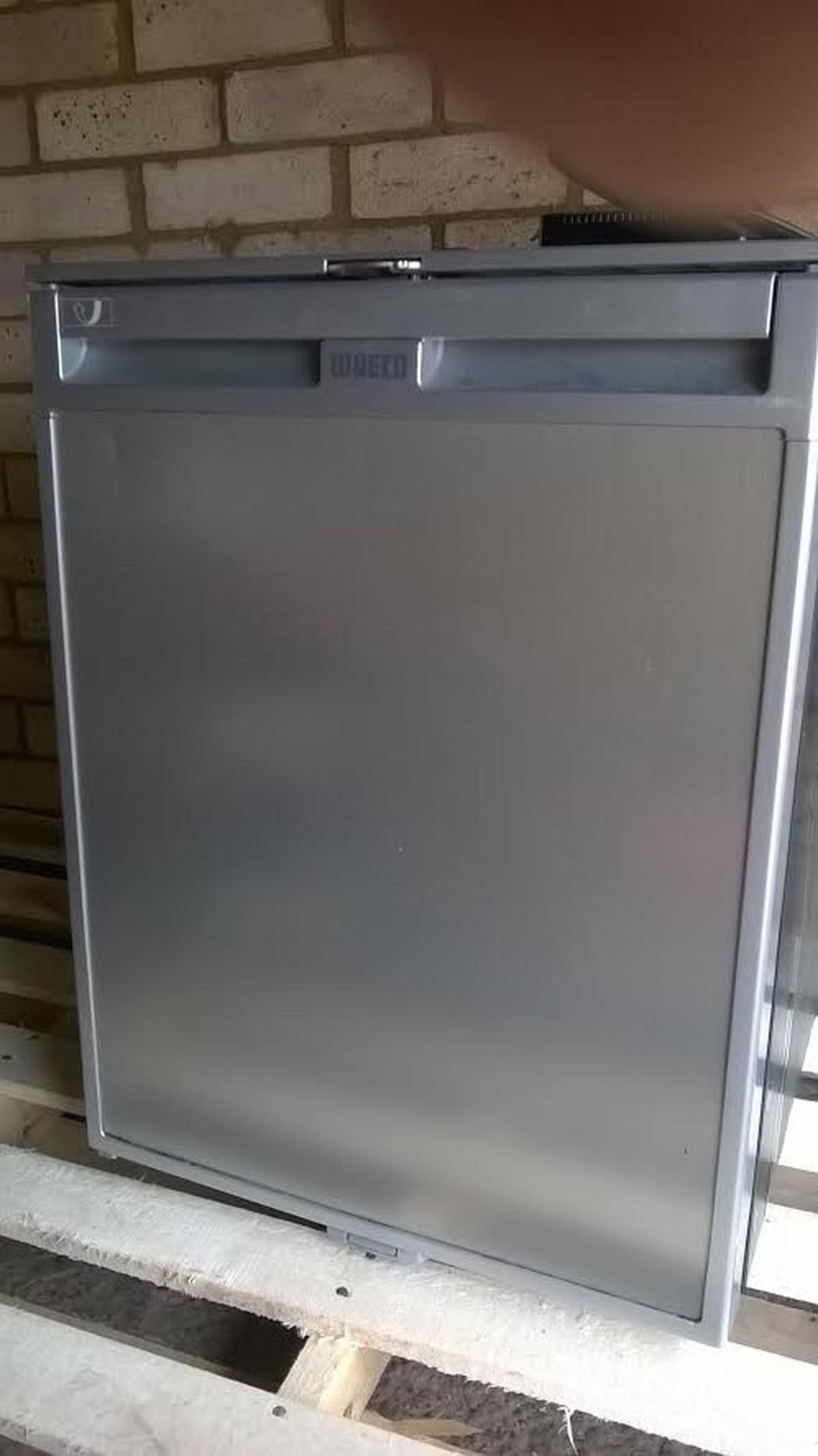 Waeco CR80 12v or 240v Fridge With Freezer Compartment - Cambridgeshire