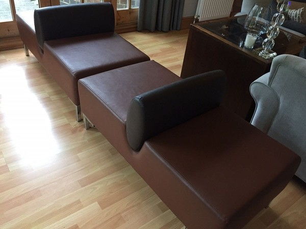 Pair of Italian designer seats
