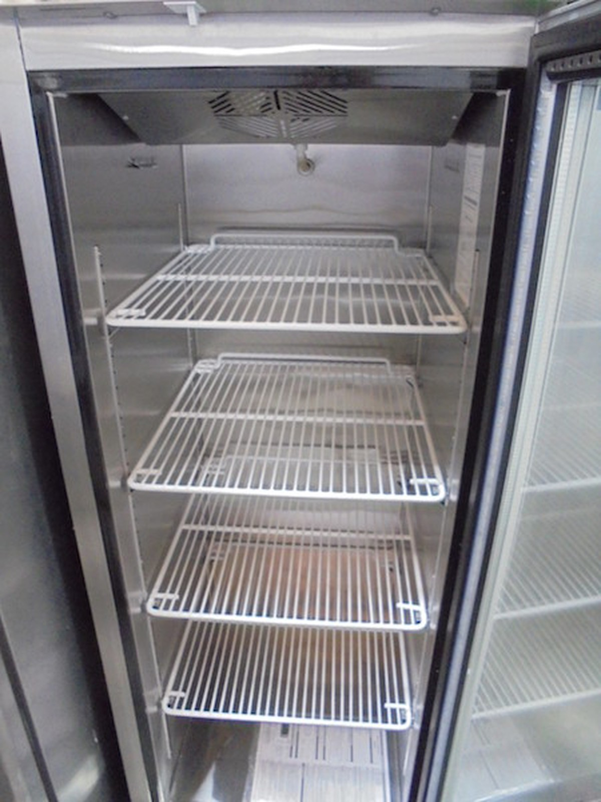 Secondhand Catering Equipment Upright Freezers New Atosa Single