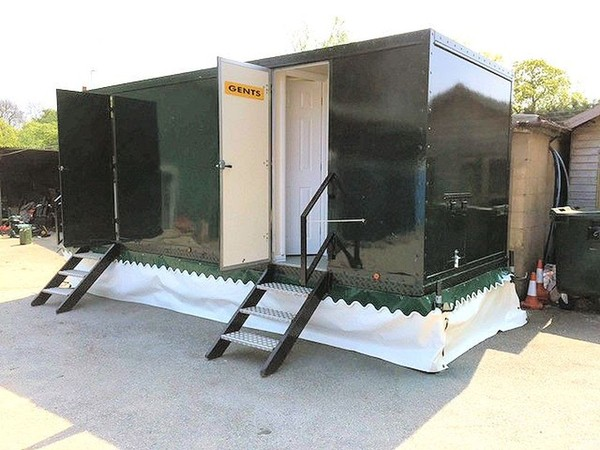 3 plus 2 Luxury Toilet Trailer - York