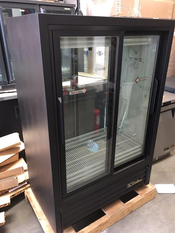 Double door Glass Display fridge