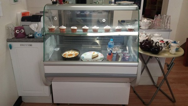1000mm Serve Over Counter
