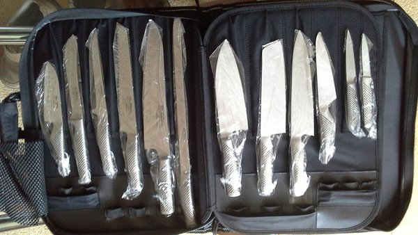 12 Global Knives in an Original Global Knife Case