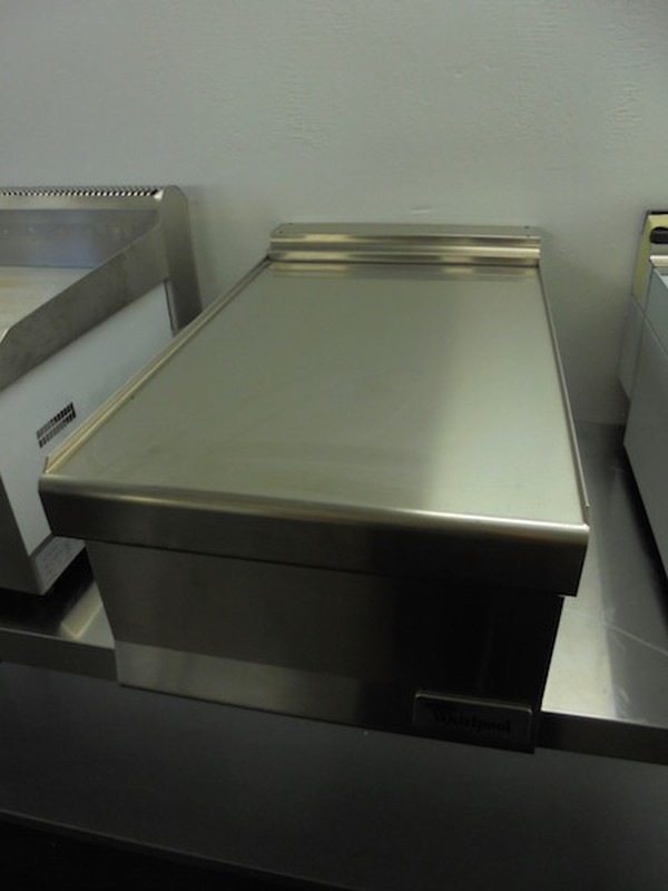 New Whirlpool 71800 Stainless Steel Counter Infill (5004)